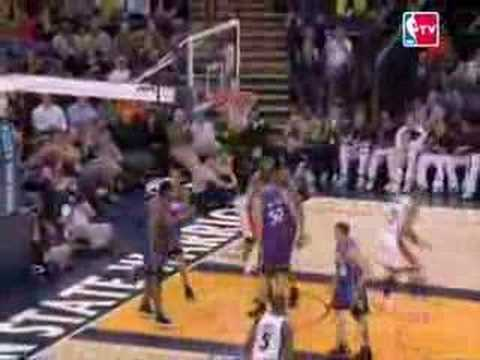 Matt Barnes Carrer nights against the 76ers and the Kings!