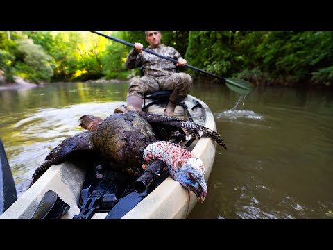 Hunting RIVER BOTTOM Turkeys From KAYAKS