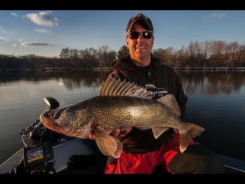 Wisconsin River Walleyes- In-Depth Outdoors TV Season 8, Episode 21