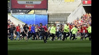 Lens - Brest pitch invasion