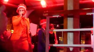 Howie sits on his date's shoulders - Prom Night - Black & Yellow Backstreet Boys Cruise 2011