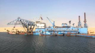 Video exclusive to the first day of the new Suez Canal dredging
