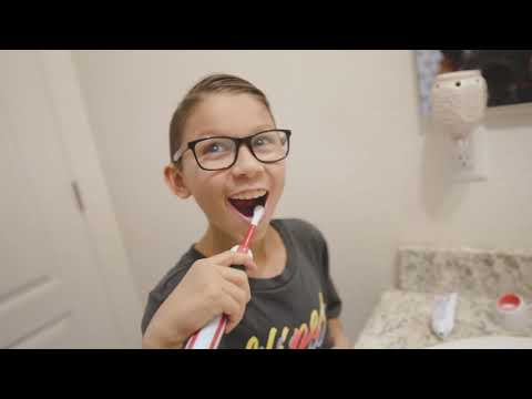 best-electric-toothbrush-for-kids-little-girl-&-boy-review---unboxing-video