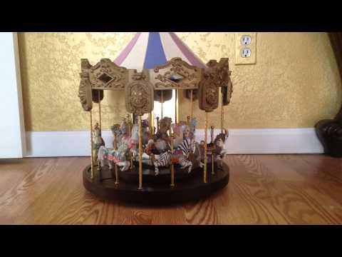 Vintage Unique Large Musical Carousel, Excellent Condition, Porcelian Figurines FOR SALE