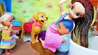 КАК НЕ СМЫВАЕТСЯ? КАТЯ И МАКС ВЕСЕЛАЯ СЕМЕЙКА #Мультики с куклами #Барби
