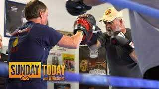 Parkinson's Patients Fighting Debilitating Disease With Boxing   Sunday TODAY