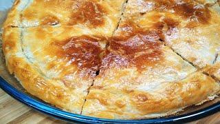 Большой Жульен в тесте. Рецепт с луком ПОРЕЙ. Один пирог на 6 порций. Отличный способ без кокотниц.