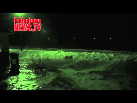 Felixstowe  flood night shots, from midnight 6th December . .