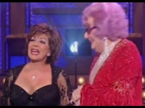 Shirley Bassey - The Living Tree / Big Spender (Duet with Dame Edna) (2007 Live)