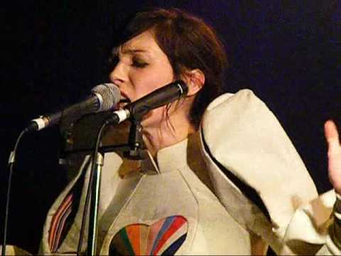 sarah blasko sleeper awake brisbane