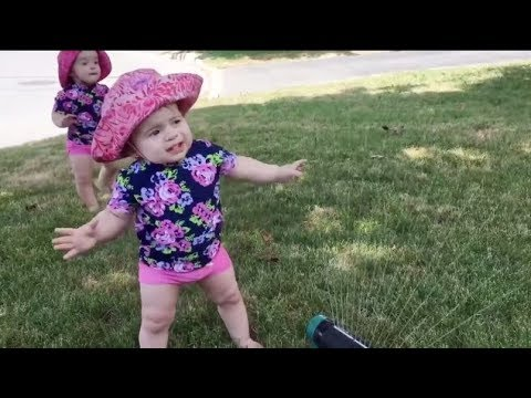 Top Funny Baby Playing with Water -  Best  BABIES WATER FAILS that will MAKE YOUR DAY !