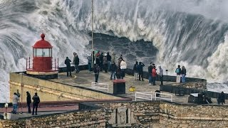 Portogallo da amare: Nazarè il villaggio con le onde più alte al mondo
