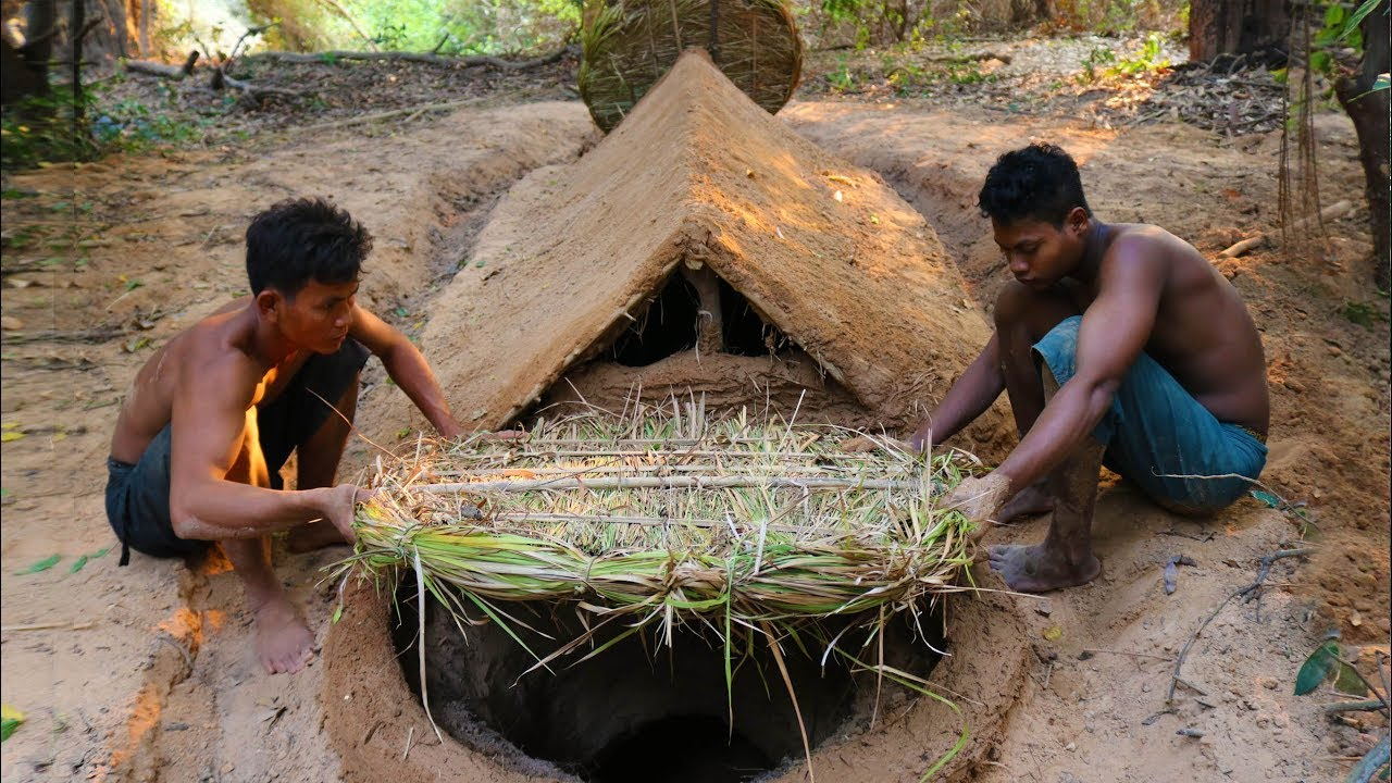 Build Underground House​ and Make Door to Protect Water