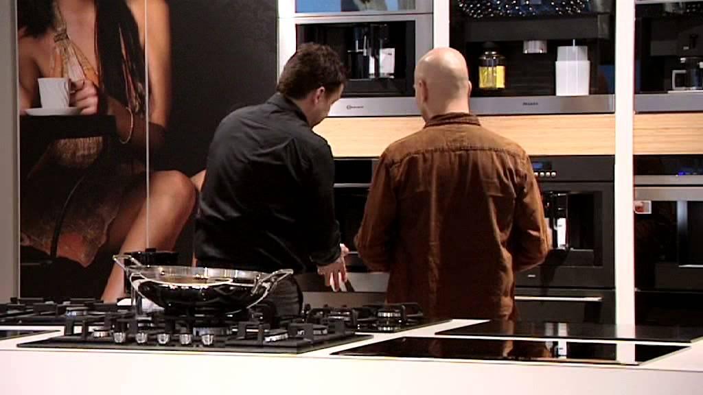 Van Wanrooij Keukens : Van wanrooij keukens badkamers tegels waardenburg youtube