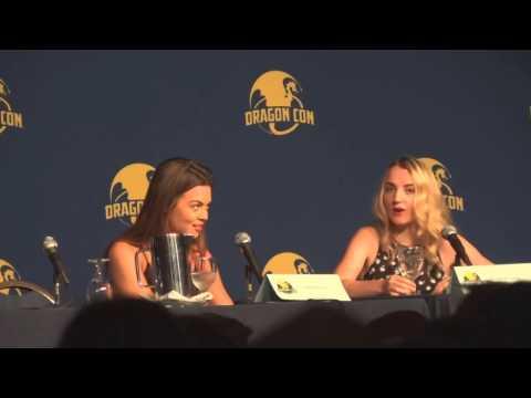 Dragon Con 2014 08 29   Evanna Lynch and Scarlett Byrne Part 2 CMC
