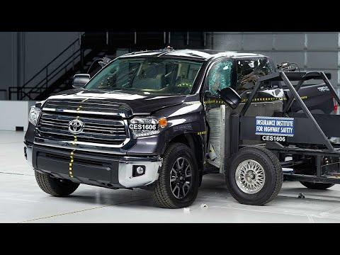 2016 Toyota Tundra crew cab side test
