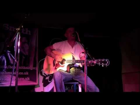 Bob Smith at the Cheptsow Acoustic Music Club Part1