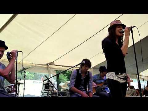 Rebecca St. James - Wait For Me - Alive Festival 2011