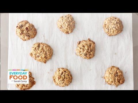 Gluten-Free Oatmeal-Raisin Cookies - Everyday Food With Sarah Carey