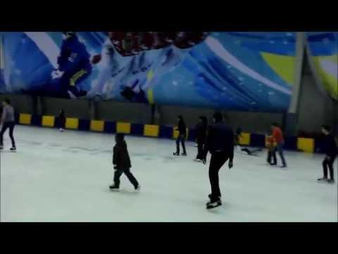 Массовые катания в ледовом дворце Волга-Спорт-Арена