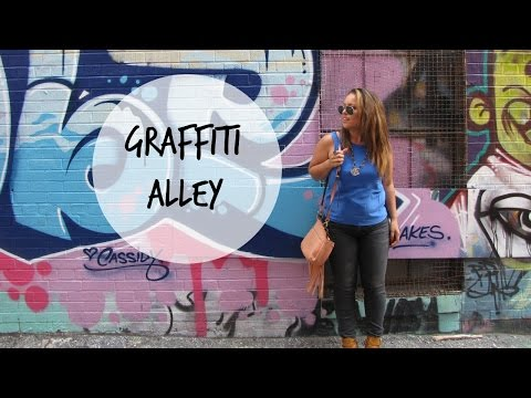 Graffiti Alley | Lisa in the city Vlog