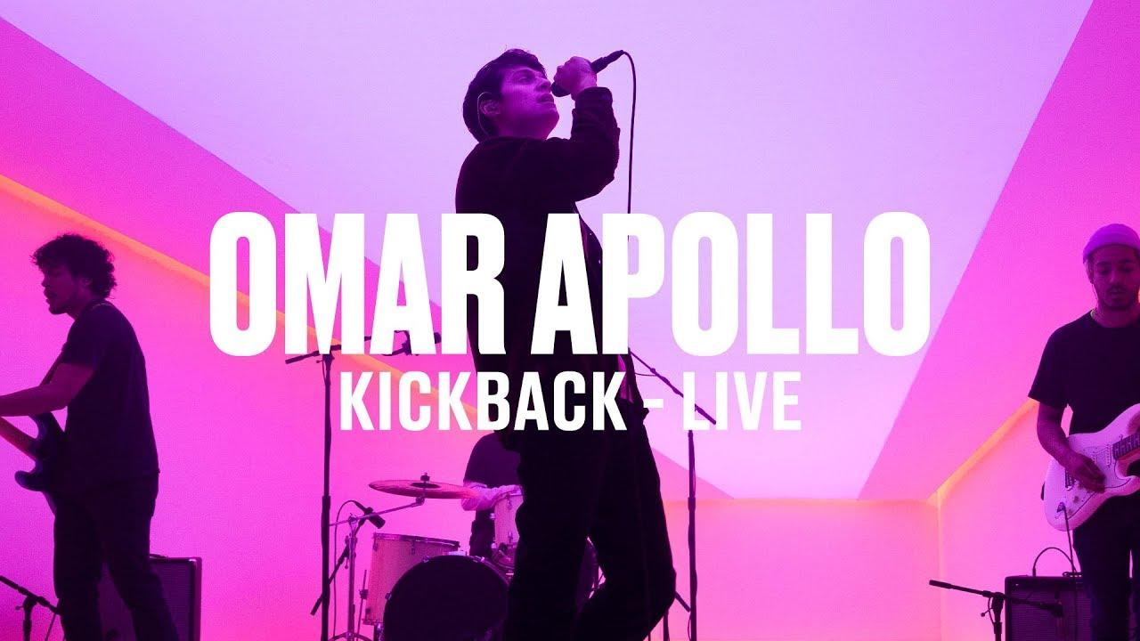 Omar Apollo — «Kickback» (Live) | Vevo DSCVR