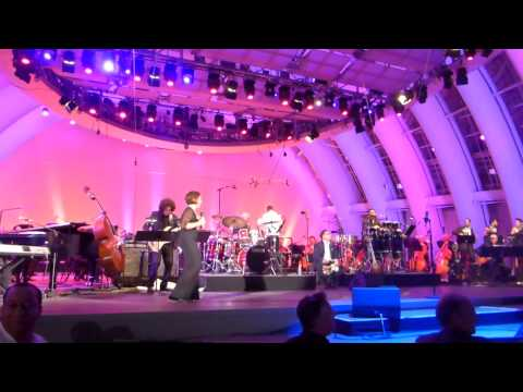 GLORIA ESTEFAN - Conga - Live At The Hollywood Bowl - Saturday 26th July 2014