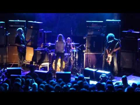 Dinosaur Jr, Don't (Why Don't You LIke Me), with Kim Gordon, Terminal 5, NYC, 12/1/12