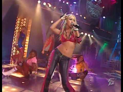 Christina Aguilera  Dirrty  at 07 En Punto