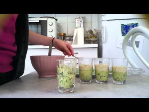 recette-verrine-:-avocat-et-sauce-au-yaourt---verrine-facile