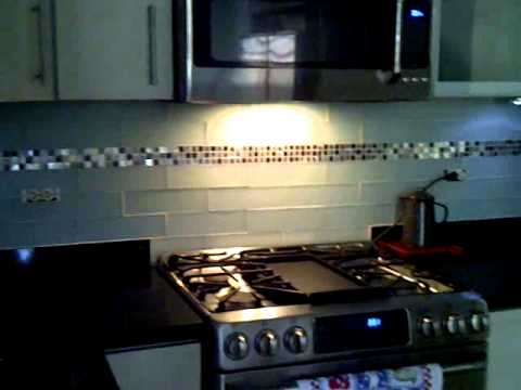 Nuevo back splash de la cocina youtube for Ceramica para cocina