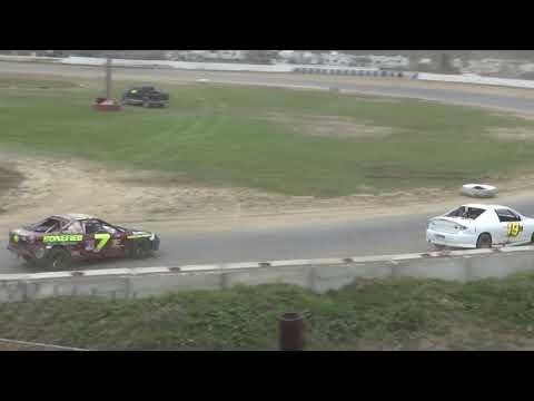 4 Cylinder Heat Race #5 at Mid-Michigan Raceway Park, Michigan on 09-29-2018!