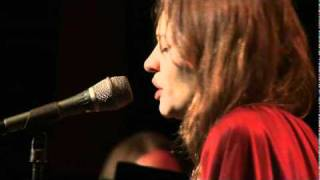 """Fiona apple dressed like little red hood riding, singing """"why try to change me now"""" live at club largo. a tribute cy coleman."""