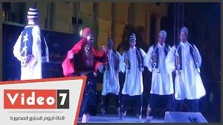 بالفيديو.. رقص فنون شعبى بالهناجر احتفالا بالعيد القومى لمحافظ الوادى الجديد