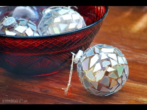 diy make christmas ornaments from broken cds youtube. Black Bedroom Furniture Sets. Home Design Ideas