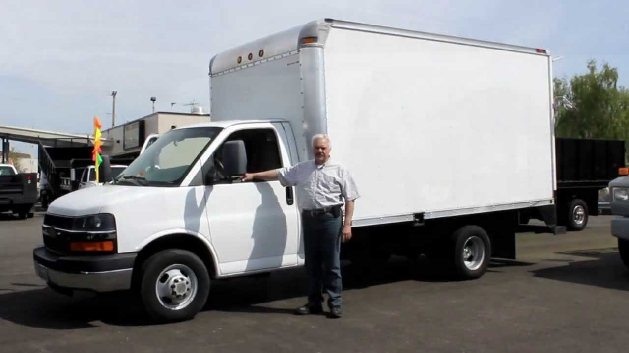 Town and country truck 5816 2007 chevrolet 3500 14 ft cube box truck youtube