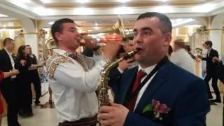 У Валика на свадьбе