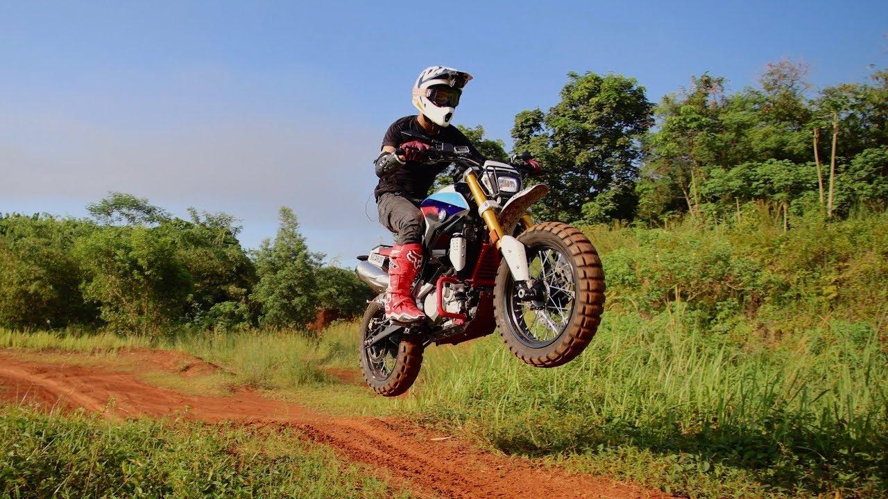 Motovlog Testride Bmw G310r Di Sirkuit Motocross Youtube