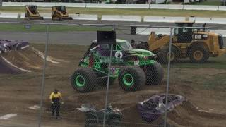 Monster Jam Stafford Springs, CT 2017 Saturday Afternoon: Wheelie Competition