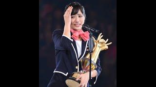 AKB48グループ恒例の『第6回じゃんけん大会』が16日、横浜アリーナで108人が参加して行われ、AKB48チームKの藤田奈那(18)が初優勝。6代目女王に輝いた藤田 ...