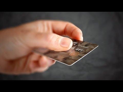 В Пыть-Яхе подросток потратил деньги с чужой карты и может сесть в тюрьму