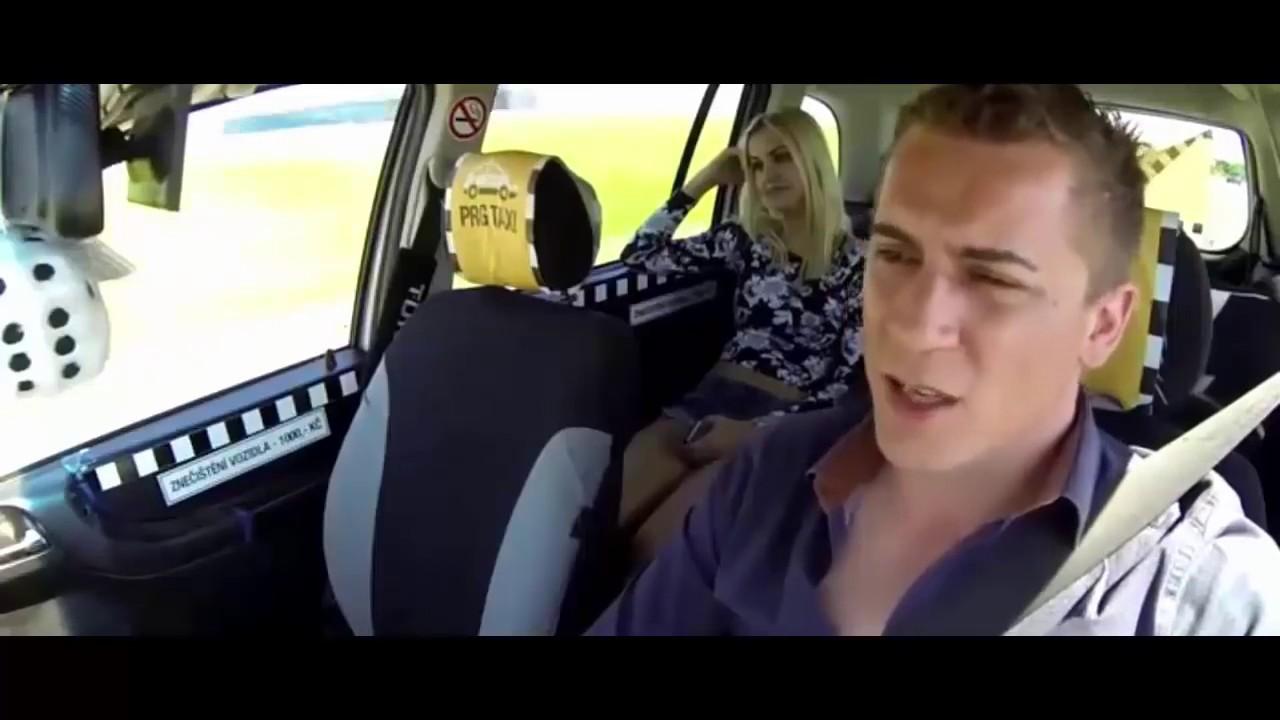 Schwarzhaarige im Fake Taxi gebumst und mega ins Gesicht gespritzt
