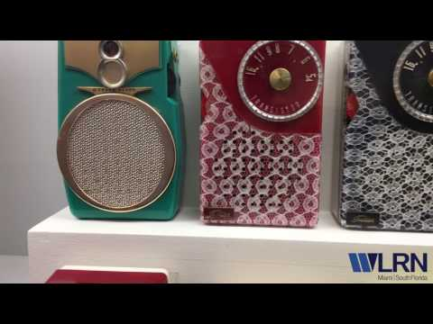 South Florida Collector Shows Off His Vintage Radios For RadioFest
