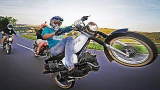 Crazy wheelie boy on Simson s51