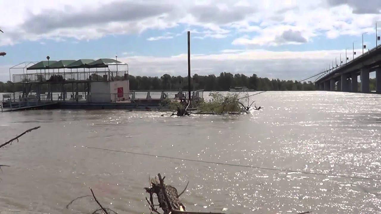 Наводнение Барнаул, вода подступила к Речному вокзалу. Паводок