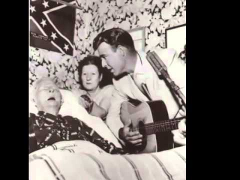 Johnny Horton sings to the last surviving civil war veteran{the song is Johnny Reb}
