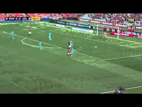 Mitch Nichols finds space v Adelaide