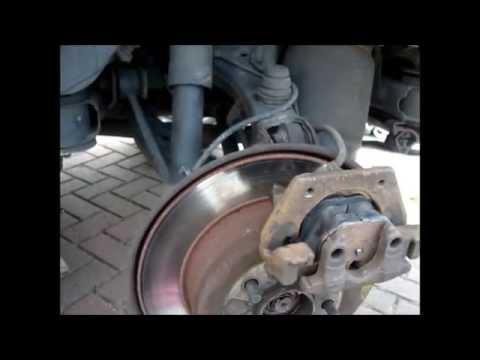 rangerover l322 changing rear brake pads mark savage - YouTube