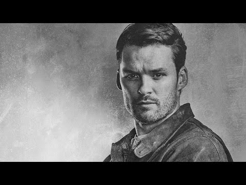 The Walking Dead - Austin Nichols Season 6 Interview - NYCC 2015