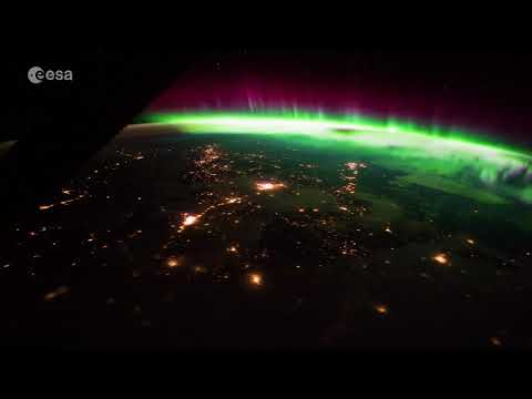 Gorgeous new video shows the northern lights as seen from space